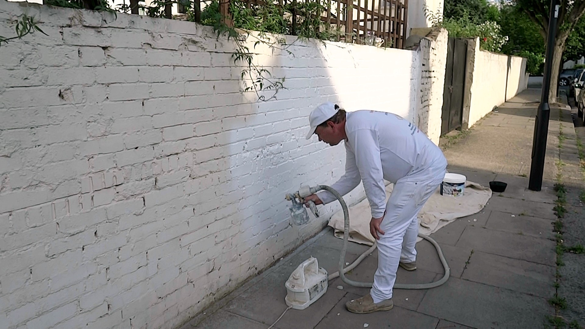 Chiswick Painter - YoursHandyMan Team