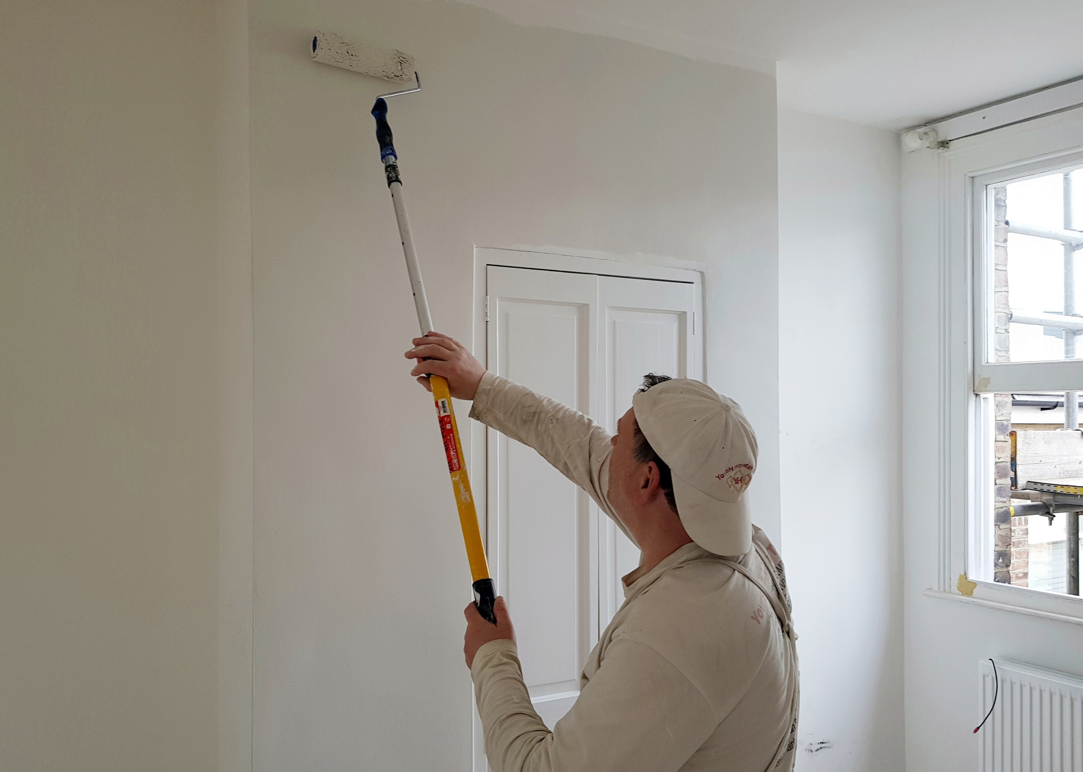 Mortlake Painter - YoursHandyMan Team